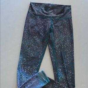 Teeki high rise leggings size m